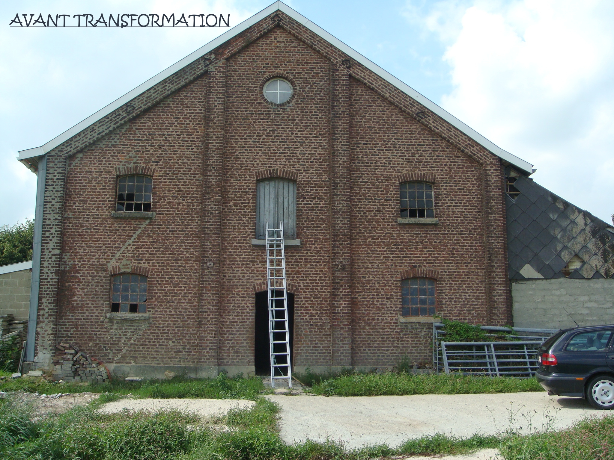 Transformation d'anciennes étables en gîte pour 22 personnes à Henri-Chapelle